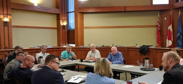 Jim meets with constituents and local dignitaries in Clearview township to discuss the effects provincial planning policies are having on the overall cost of housing and development in the area