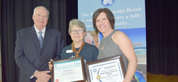 Jim presents Valerie Mitchell with the Provincial Senior of the Year Award at the 3rd Annual Seniors' Information and Active Living Expo in Wasaga Beach